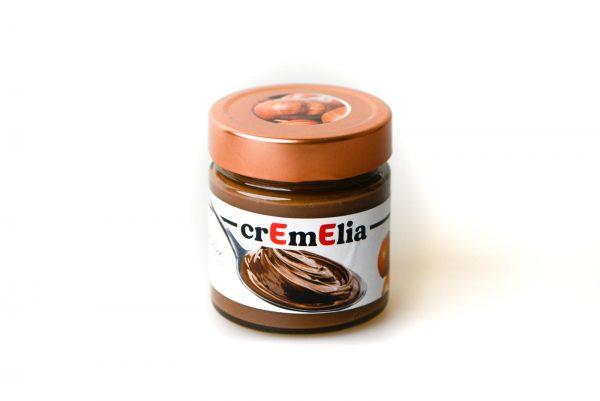 crEmElia - crema spalmabile di nocciola tondo di giffoni